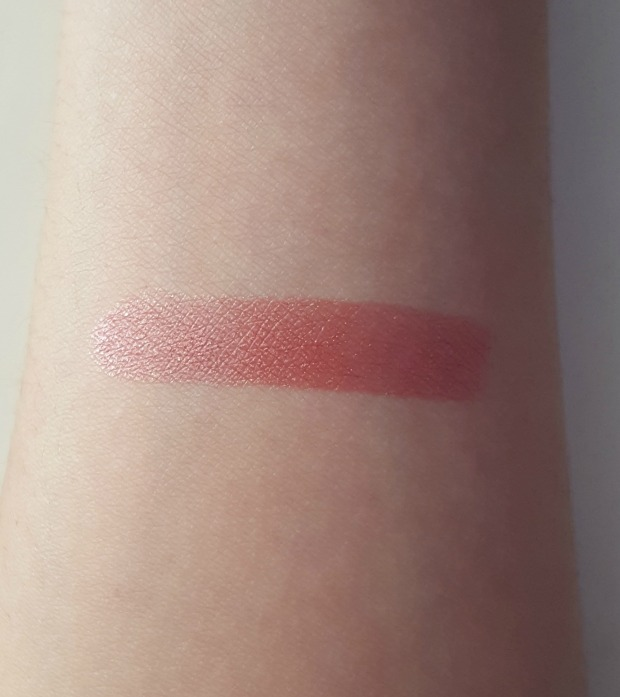 clinique bare pop swatch